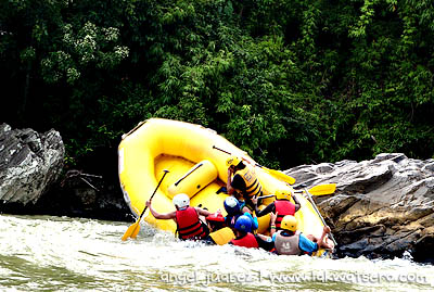Every Flip Is An Extreme Experience White Water Rafting In Cagayan De Oro